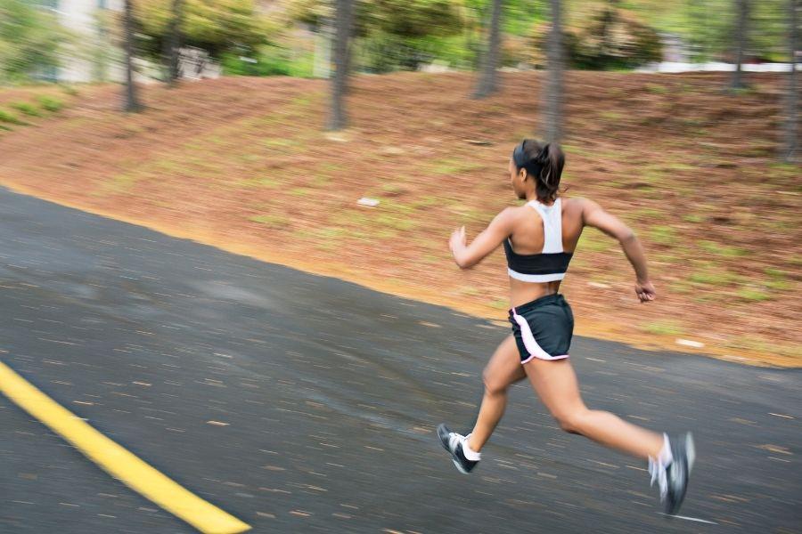 Cuál es la velocidad máxima de carrera humana